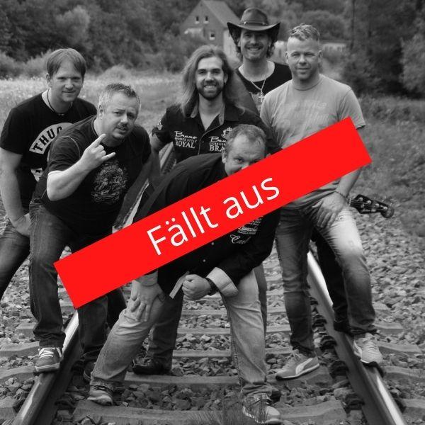 """Die Band Impact und ein Schriftzug """"Fällt aus"""""""