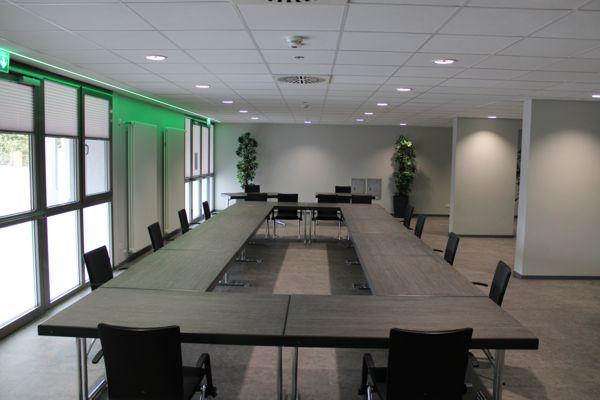 congress-center-ramstein-lounge-uform-vorschau
