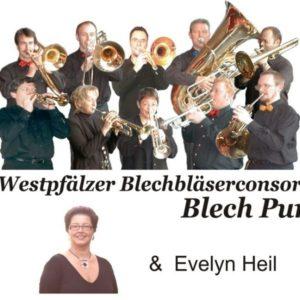 Weiser Hintergrund mit den Bandmitgliedern von Blech Pur darauf