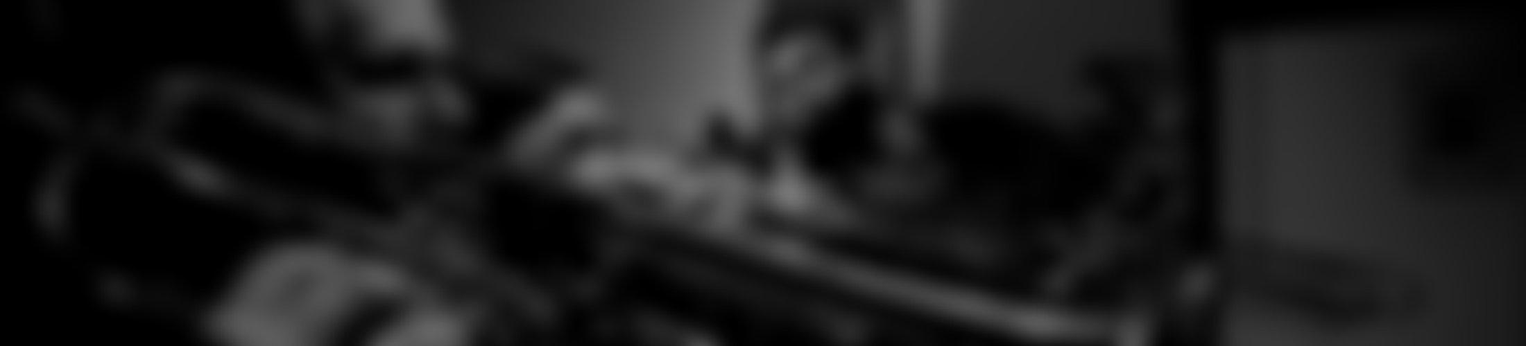 Verschwommener Hintergrund des Blechbläserensembles BrassCats